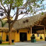 Zar Manzanillo, Manzanillo