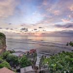 Uluwatu Cliff Apartments, Uluwatu