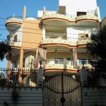 Amon Apartments, Luxor