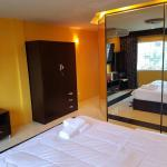 Hut in apartment, Pattaya South