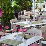 Hotel Les Jardins Carol, Bucharest