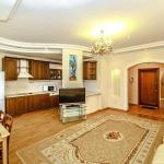 Apartments on Qabanbay Batyra 11, Astana