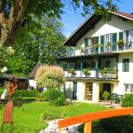 Fotos do Hotel: Ferienwohnungen Huber, Weyregg