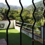 Silhouette, Kandy