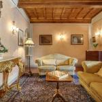 Pergola Apartment, Florence