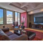 Stylish 5 star Apartment 4 U, Cape Town