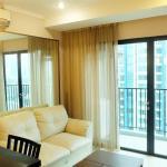 2 Bedroom Luxury Hampton's Park Apartment By Travelio, Jakarta