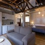 Los Lobos Suites Apartamentos, Granada