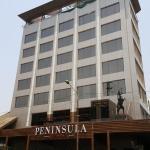 Peninsula Redpine, Mumbai