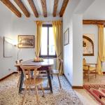 Accademia Art Apartment, Venice