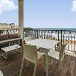 Apartment with a Terrace on Biarritz' Beach, Biarritz
