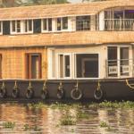 Cubs Houseboat,  Punnappira