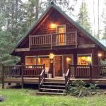 Three Bedroom Cabin - 32MBR,  Glacier