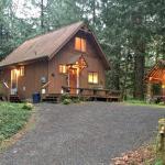 Three Bedroom Cabin - 67MF, Maple Falls