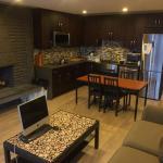 Clean Modern 2 Bedroom House, Burnaby