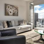 Two Bedroom Penthouse in the Heart of the Viaduct, Auckland