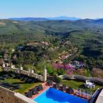 Castello Orsini Hotel,  Nerola