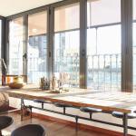 Modern & Luxury Caspe flat by HappyHost,  Barcelona
