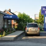 Hotel Pictures: Royal Inn, Burlington
