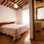 Borgo Santa Cristina, Castel Giorgio