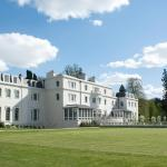 Hotel Pictures: Coworth Park - Dorchester Collection, Ascot