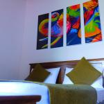 Mount Mirror Resort,  Kandy
