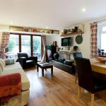 2 Bed Apartment in Kensington with garden,  London