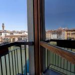 Ponte Vecchio View Luxury Apartment, Florence