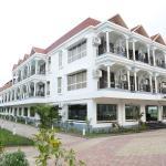 Hotel Debrani International,  Lataguri