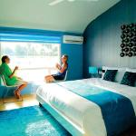 Stay in Luxor Super Luxury Houseboat, Alleppey