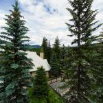 Snowberry Villas,  Whistler