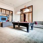 Bluebird Suites in Crystal City,  Arlington