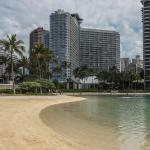 Ilikai Hotel Private Residence by Airpads,  Honolulu