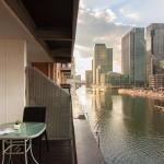 Canary Wharf Luxury Riverside Apartment,  London