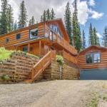 The Daniels Mountain View Log Cabin, Tordal Estates