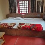 Hotel Crown Palace, Srinagar