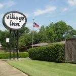Village Inn Motel,  Hugo