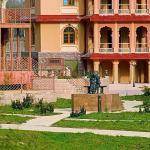 India Hotel ETHNOMIR, Petrovo