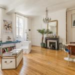 Arty Apartment for 3 Saint-Germain Nesle,  Paris