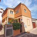 Apartments Vilma 1350,  Pula