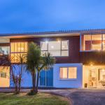 Awesome Vacation Home West Auckland, Auckland
