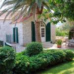 Villa St Roko, Sutivan