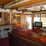 Two-Bedroom Standard Unit #5 by Escape For All Seasons, Big Bear Lake