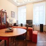 Apartment on ulitsa Radishcheva 21,  Saint Petersburg
