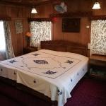 House Boat Hardy Palace, Srinagar