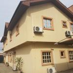 Hamstrong Enfied Hotel,  Isolo