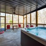 Emory House - Eight Bedroom Cottage,  Pigeon Forge