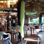 Casa de la Playa Beach Resort, Larena