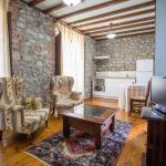 Casa Rural La Boleta, Puertas