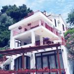 Apartments Almaja Villa, Petrovac na Moru